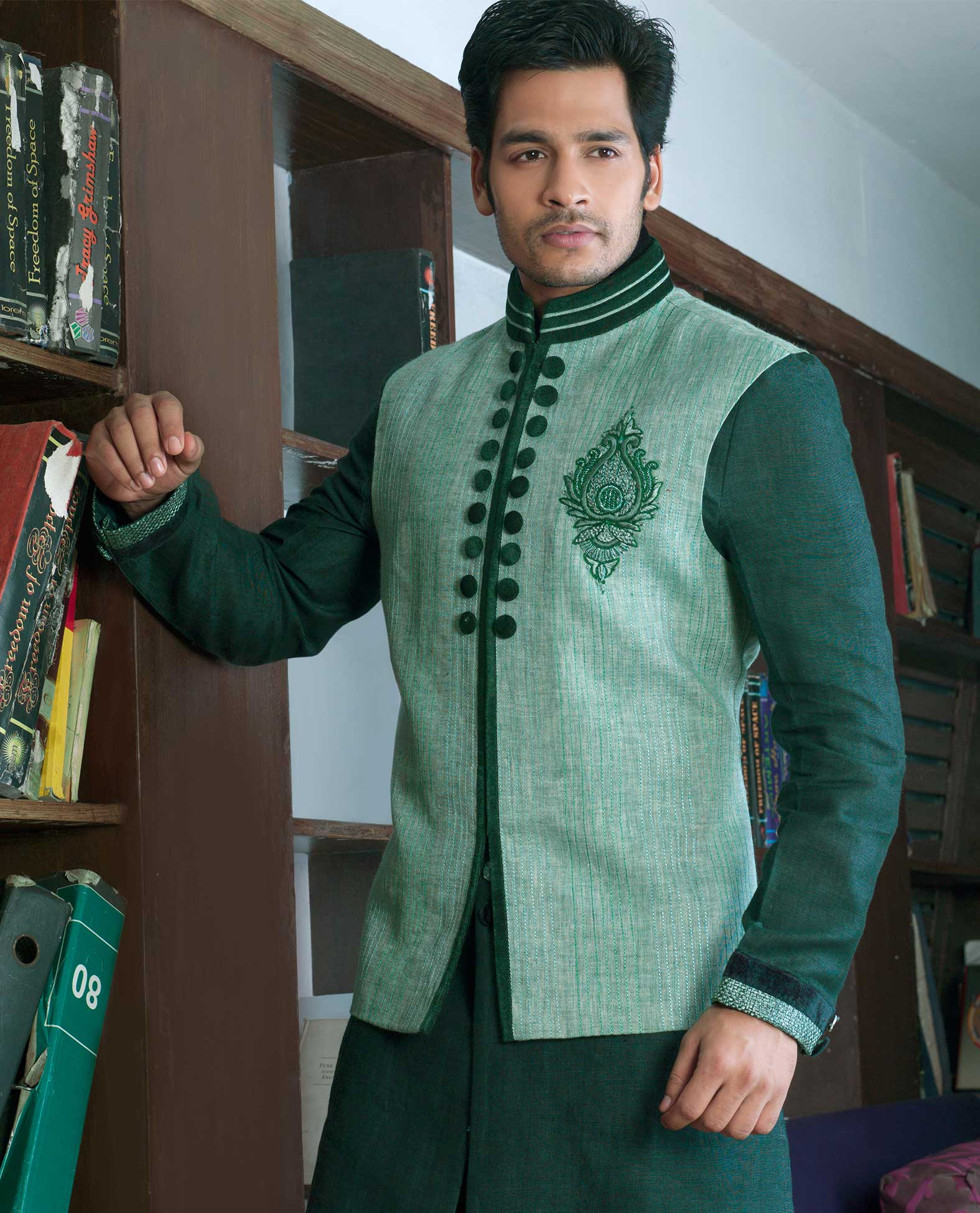 EXCLUSIVE KURTA PYJAMA MEN 2 – Rahul Sarees